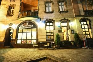 Pizzeria Toscana: widok z frontu